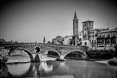 Verona Ponte Pietra, Torre Di Alberto And Sant'anastasia - Monochrome Art Print