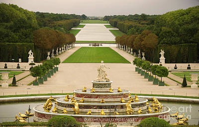 Wall Art - Photograph - Versailles Gardens by Christine Mlynarchuk