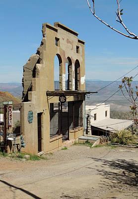Jerome Arizona Photograph - Very Open by Gordon Beck