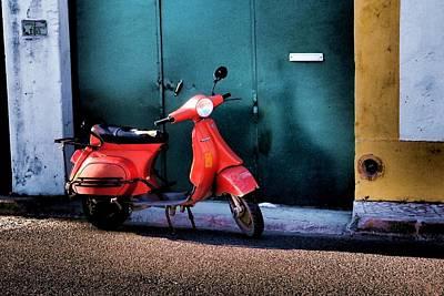 Photograph - Vespa 02 by Dora Hathazi Mendes