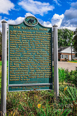 Photograph - Vfw Home Historical Site Sign by Grace Grogan