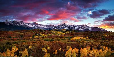 Mountain Photograph - Vibrant Rockies Sunset by Andrew Soundarajan
