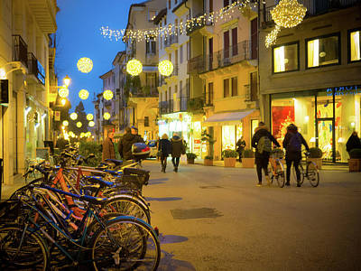 Photograph - Vicenza Italy Christmas Streets by Debbie Karnes