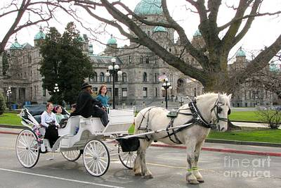 Photograph - Victoria Carriage by Frank Townsley