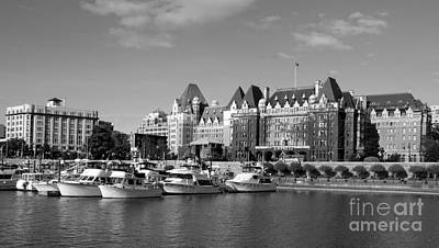 Photograph - Victoria Harbour - Black And White by Carol Groenen