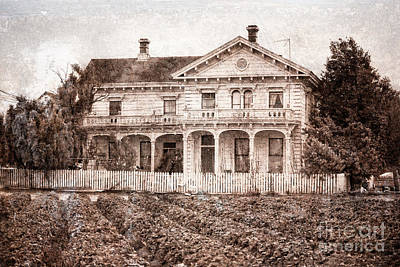 Photograph - Victorian House by Jim And Emily Bush