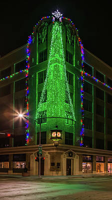 Photograph - Victory Building Christmas by Susan Rissi Tregoning