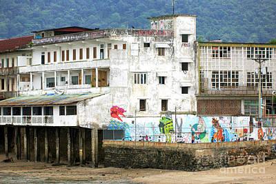 Photograph - Vida De Barrio by John Rizzuto