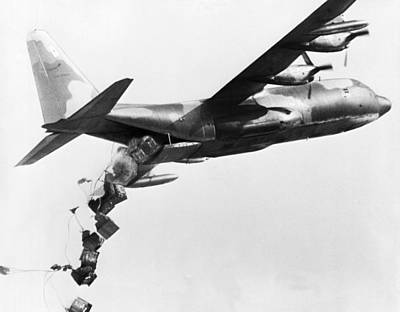 C-130 Wall Art - Photograph - Vietnam Supply Drop by Underwood Archives