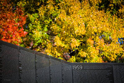 Photograph - Vietnam Wall Autumn by Ross Henton