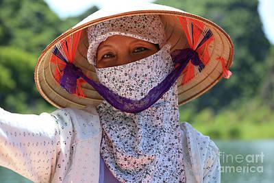 Photograph - Vietnamese Woman  by Chuck Kuhn