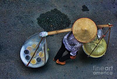 Kiem Photograph - Vietnamese Woman Work by Chuck Kuhn