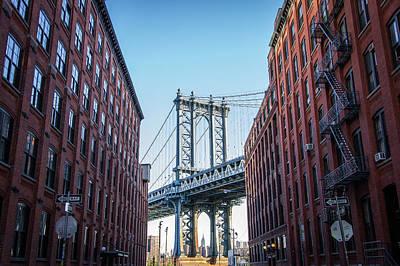 View Of Manhattan Bridge Art Print by Mike Burgquist