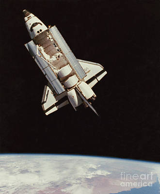 View Of Space Shuttle Art Print by NASA / Science Source