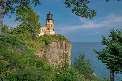 Photograph - View Of Split Rock Lighthouse by Gary McCormick
