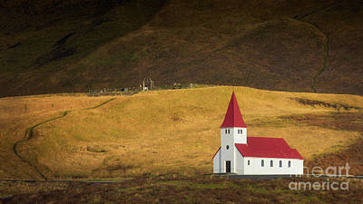 Photograph - Vik Church In Sunlight by Jerry Fornarotto