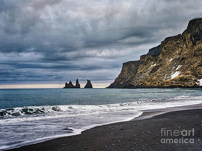 Photograph - Vik Winter Wonderland Beach by Benjamin Wiedmann