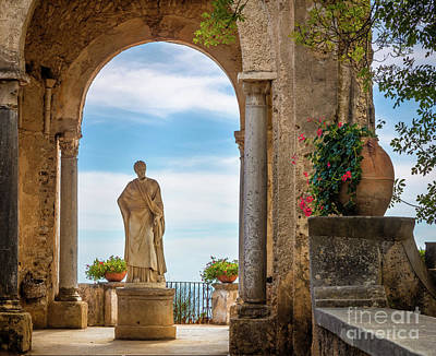 Ravello Photograph - Villa Cimbrone Statue by Inge Johnsson