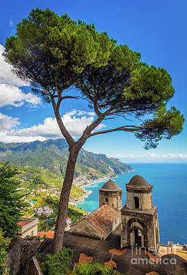 Ravello Photograph - Villa Rufolo Belvedere by Inge Johnsson