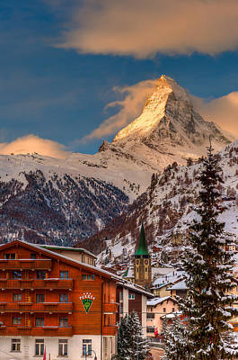 Village Of Zermatt With Matterhorn Art Print