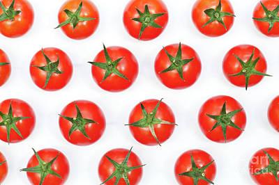 Solanum Lycopersicum Photograph - Vine Tomatoes by Tim Gainey