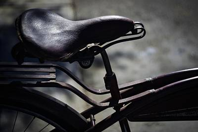 Photograph - Vintage 1933 Elgin Bicycle Seat by Roland Peachie