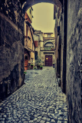 Photograph - Vintage Alley by Roberto Pagani