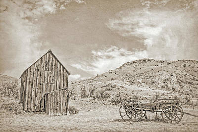 Photograph - Vintage Barn And Wooden Wagon by Jennie Marie Schell