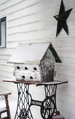 Photograph - Vintage Martin Birdhouse In The Snow by Suzanne Powers