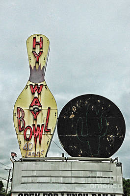 Photograph - Vintage Bowling Sign by Paul Ward