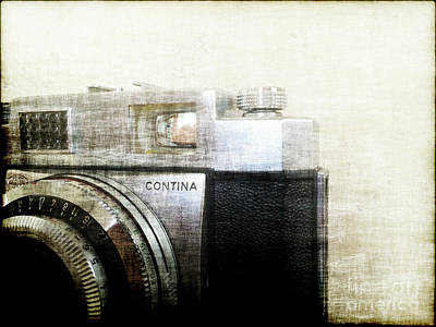 Vintage Camera Mixed Media - Vintage Camera II by Eric Rasmussen