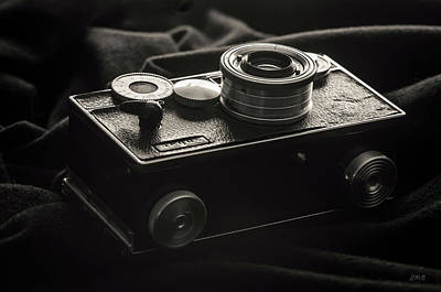 Photograph - Vintage Camera II Toned - Argus by David Gordon