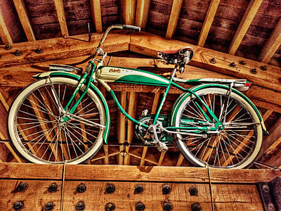 Photograph - Vintage Cicycle by Pat Moore