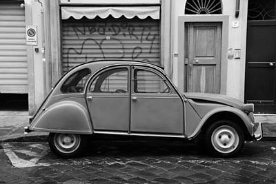 Photograph - Vintage Citroen 2b by Andrew Fare