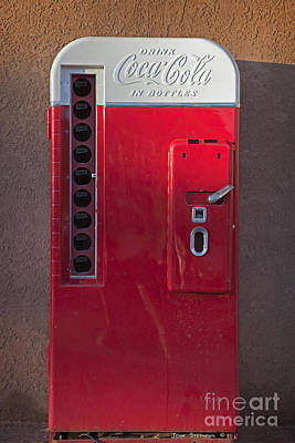 Photograph - Vintage Coca Cola Bottle Machine by John Stephens