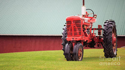 Photograph - Vintage Farmall Tractor Stowe Vermont by Edward Fielding