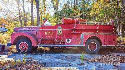 Photograph - Vintage Fire Truck South Weare New Hampshire by Edward Fielding