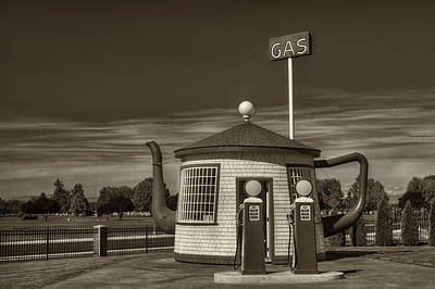 Typography Tees - Vintage Gas Station - Zillah Teapot Dome  by Mark Kiver