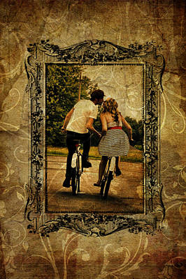 Photograph - Vintage Kiss by Emily Stauring