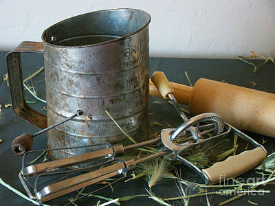Sifter Photograph - Vintage Kitchen Utensils by Beverly Guilliams