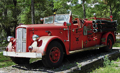 Photograph - Vintage Lafrance Fire Engine by D Hackett