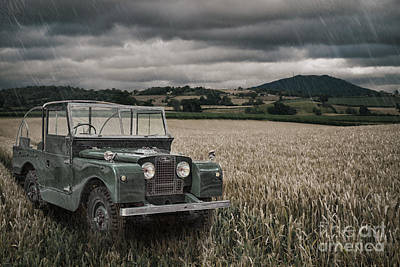Vintage Land Rover In Field Art Print by Amanda Elwell