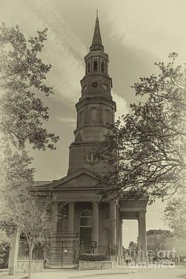 Photograph - Vintage Landmark  by Dale Powell