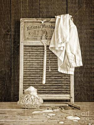 Primitive Art Photograph - Vintage Laundry Room by Edward Fielding