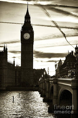 Photograph - Vintage London Sunset by John Rizzuto