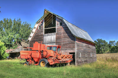 Photograph - Vintage Massey Ferguson 410 Combine by J Laughlin