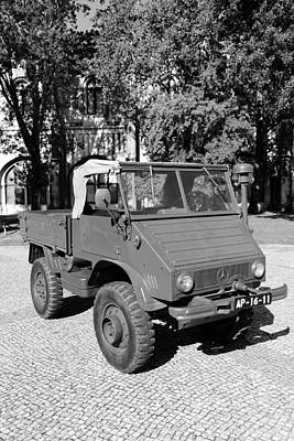 Photograph - Vintage Military Truck 1b by Andrew Fare
