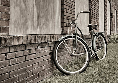 Photograph - Vintage Montgomery Ward Bicycle 3 - B/w by Greg Jackson