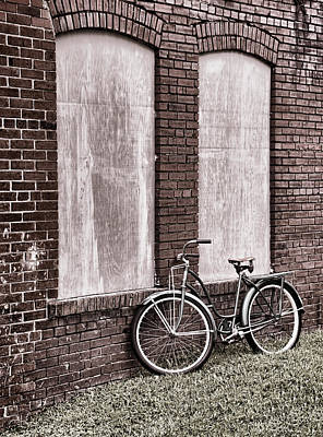 Photograph - Vintage Montgomery Ward Bicycle 4 - B/w by Greg Jackson
