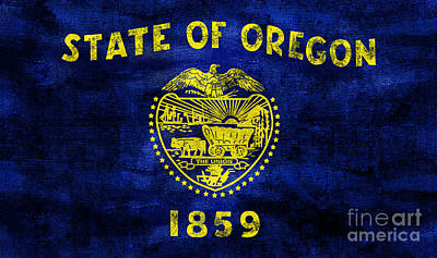 Oregon State Photograph - Vintage Oregon Flag by Jon Neidert